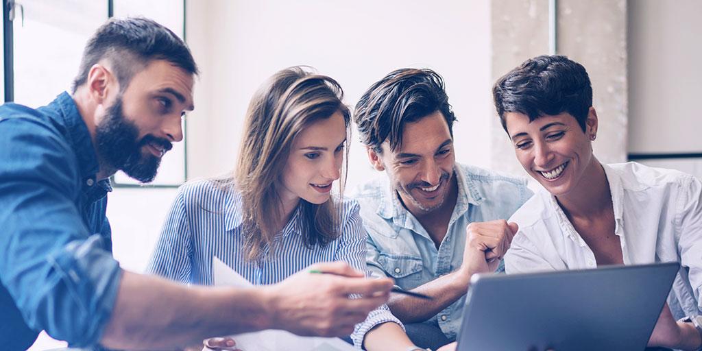 How digital marketing works in business relationships [image]