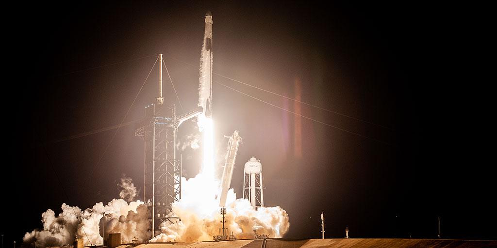 Taking risks like Elon Musk [rocket image]